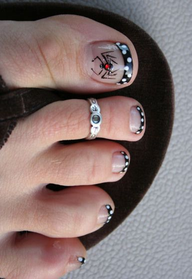 a9a7d170a Spider Toes! Halloween Pedicure