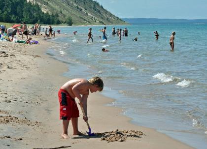 Enjoy A Swim At These 3 Atlanta Area Lake Beaches Atlanta Moms Lake Beach Beach Close Beach