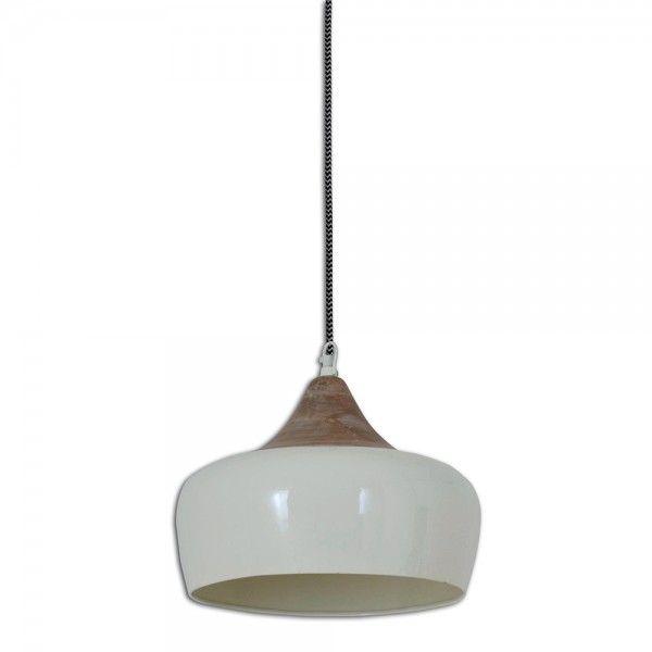 Eine massive Lampe, perfekt über dem Esstisch im Landhausstil - wohnzimmer lampen im landhausstil