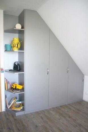 placard sous pente les chambres pinterest placard sous pente placard et combles. Black Bedroom Furniture Sets. Home Design Ideas