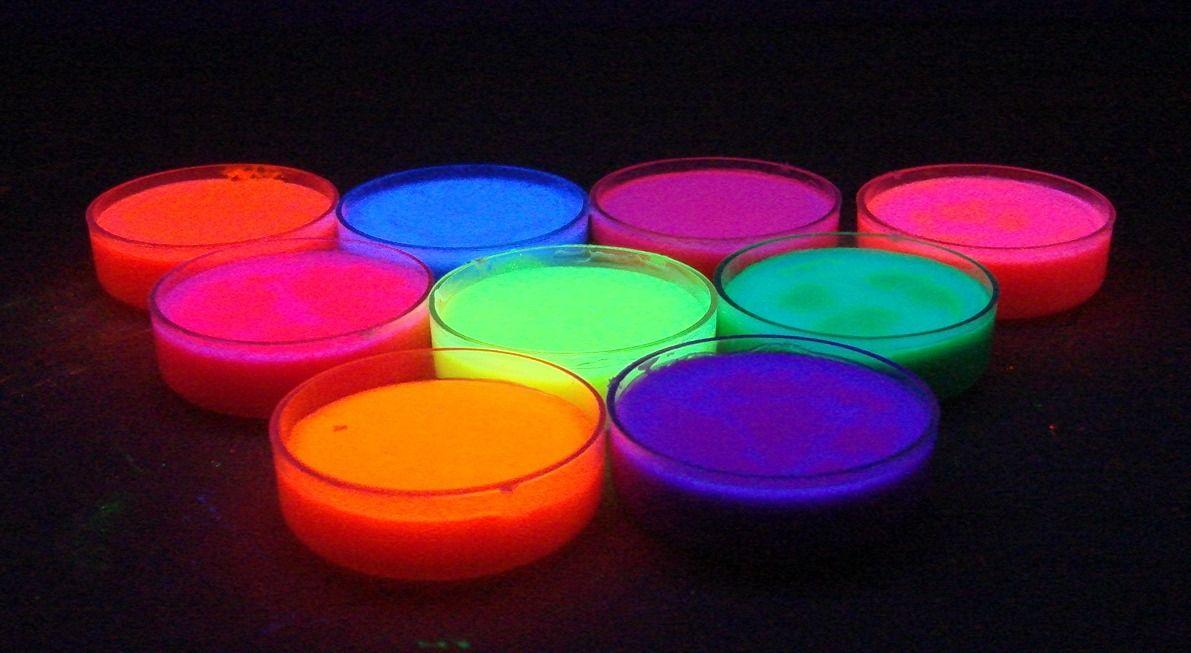 maquillaje-neon-fluorescente-brilla-con-luz-negra-11-colores_MLM-F