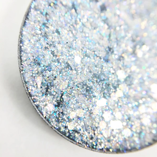 Hector Holographic Silver Pressed Glitter In 2020 Katie Brown Glitter Eyeshadow Holographic Glitter