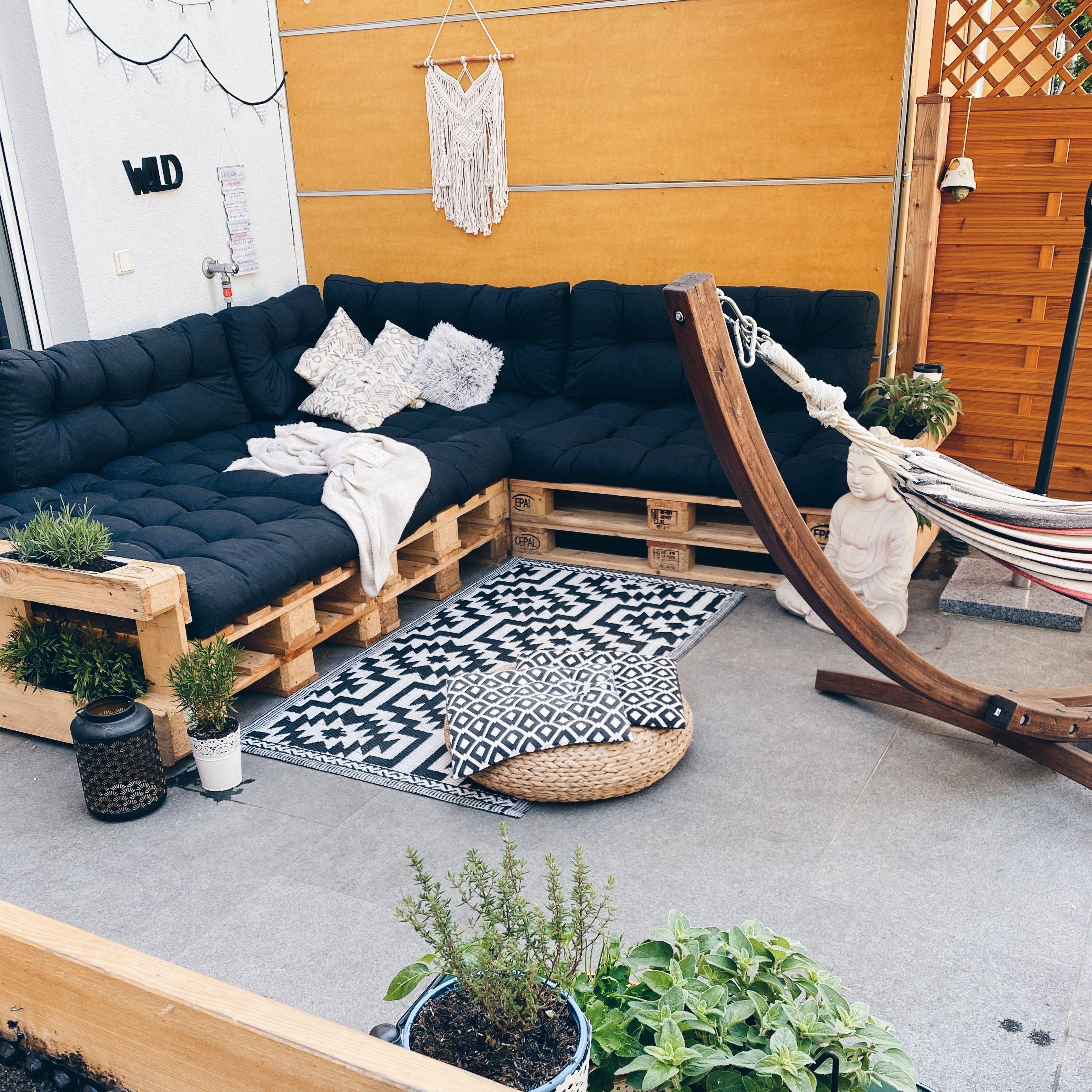 Palettensofa DIY ...   Möbel aus paletten, Paletten couch ...