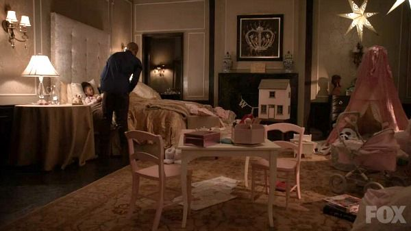 Inside The Real House Where The Hit TV Show Empire Is Filmed - Tvs in bedrooms design