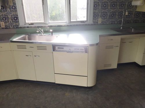 Vintage St Charles Kitchen Cabinets With Thermador Ovens And Lots