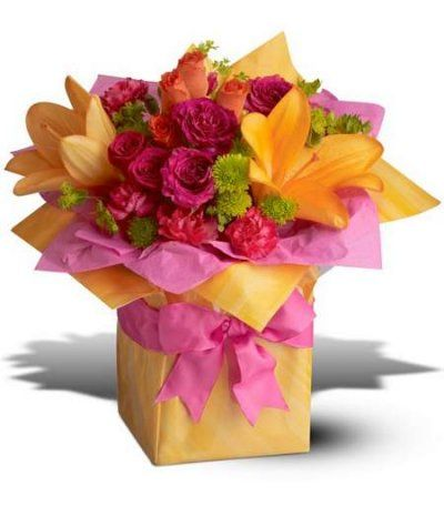 Trs Chic Present From Florist In Raleigh Nc English Garden Online Flower Delivery Flower Delivery Birthday Flowers Arrangements