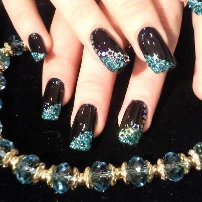 look nobleness black and blue sequins nail  elegant nail