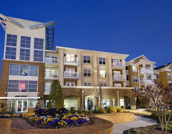 Apartments For Rent In Atlanta Sorella Apartments Gallery Apartments For Rent Apartment House Styles