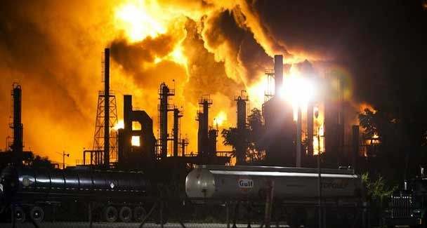 Mar 23rd 2005 A Major Explosion At The Texas City Refinery Kills 15 Workers