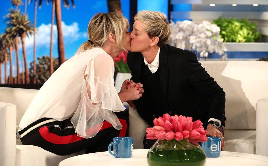 How Ellen Degeneres Changed Daytime Tv Without Letting It Change Her Ellen Degeneres And Portia Ellen And Portia Wedding Portia De Rossi