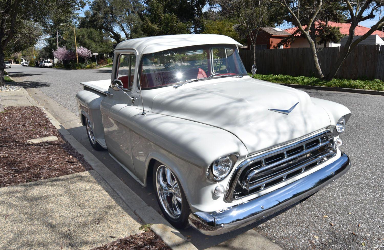 Freshly build 1957 Chevrolet Pickup Custom Cab Big Window