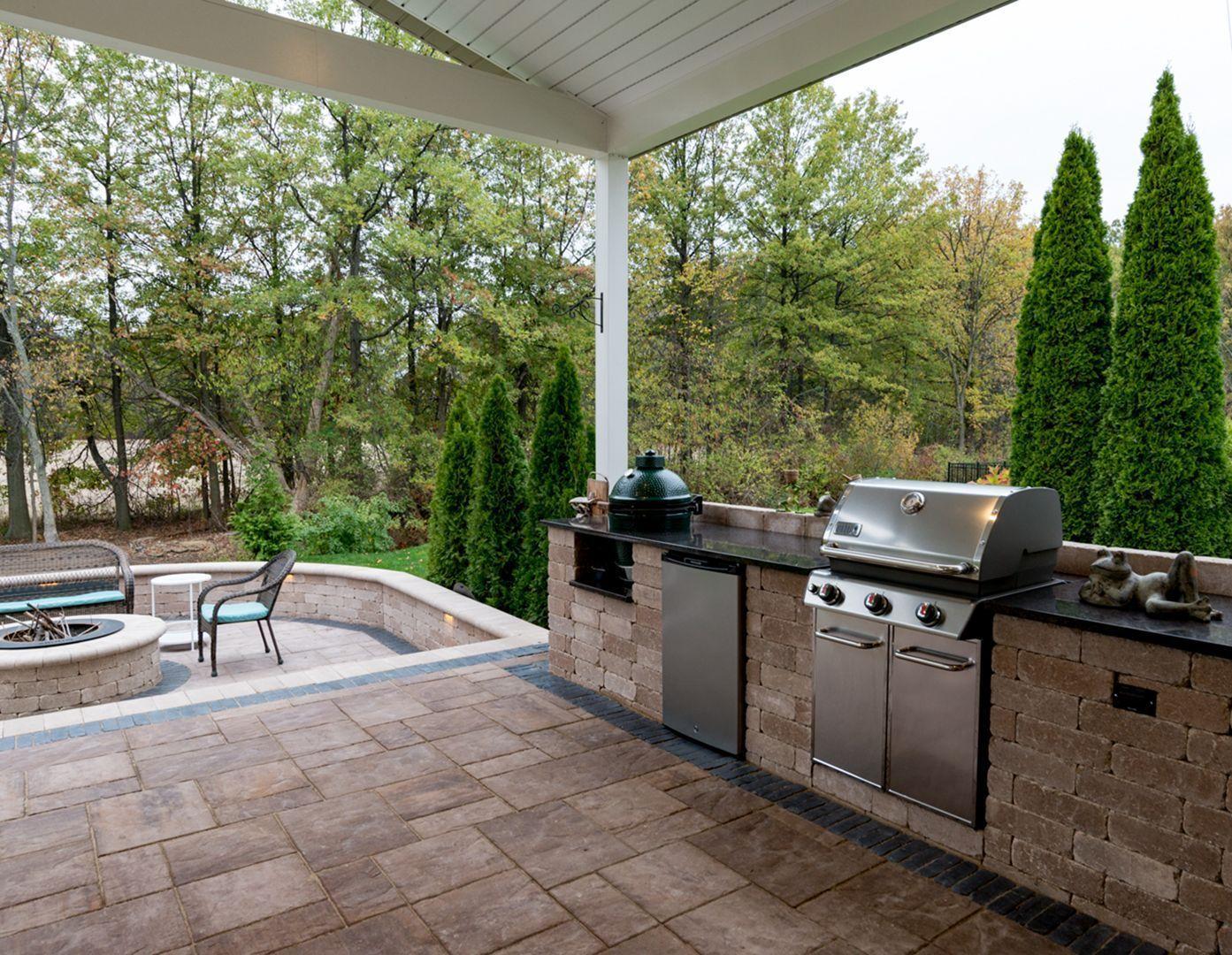 Amazing 30 Best Outdoor Backyard Kitchen Design Ideas For Your Home Roomy Outdoor Kitchen Design Backyard Kitchen Outdoor Backyard