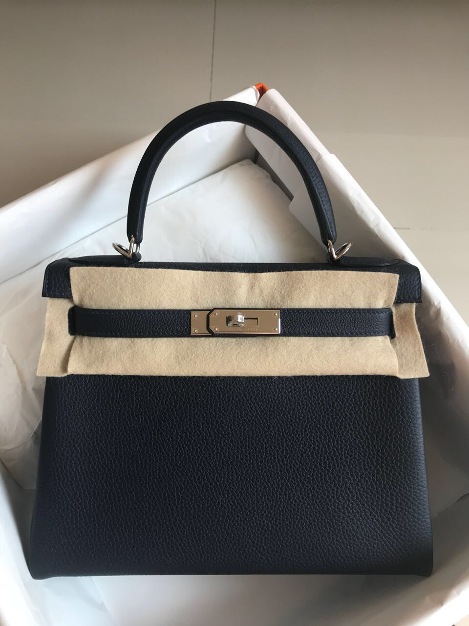 7208c8e47a8e Hermès Kelly 28 Bleu Nuit Togo Palladium Hardware PHW C Stamp 2018  kelly28   thefrenchhunter