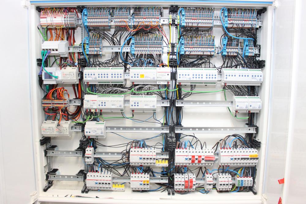 Pin Von Yung Kuo Auf Home Electricity Elektroinstallation Aderendhulsen Schrank