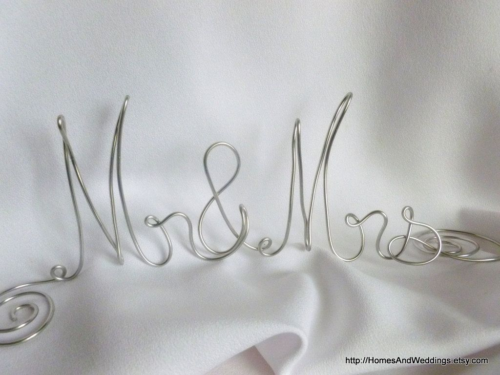 Mr & Mrs Table Sign, Wedding Decorations, Anniversary Party Decor ...