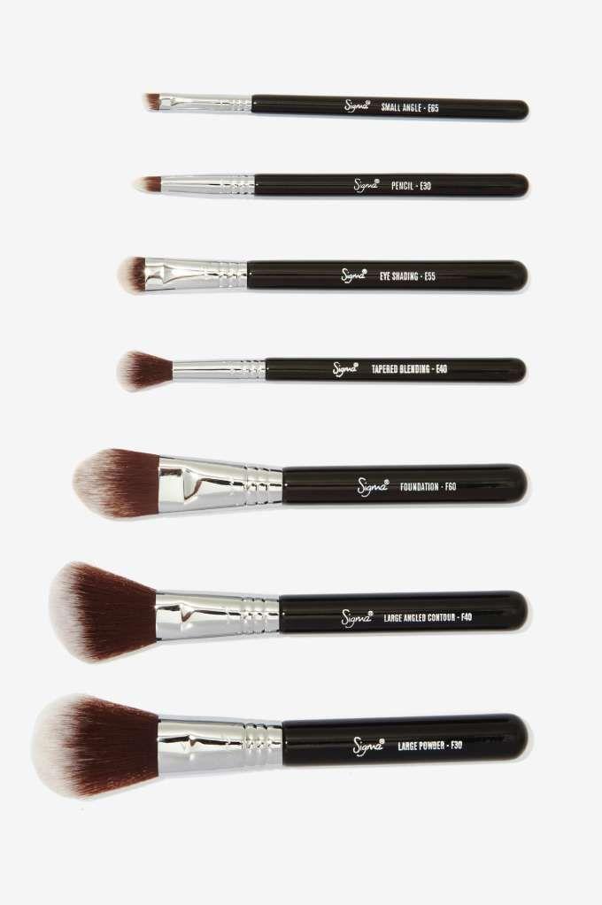 Sigma Mr. Bunny Travel Brush Kit      Sleeping Beauty    Makeup ... 1327717f7e