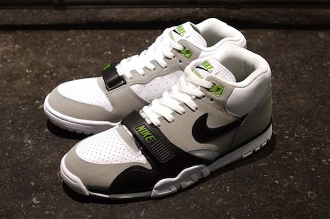 size 40 8ad32 c0143 Nike Air Trainer 1 2012 (Chlorophyll) sneakers