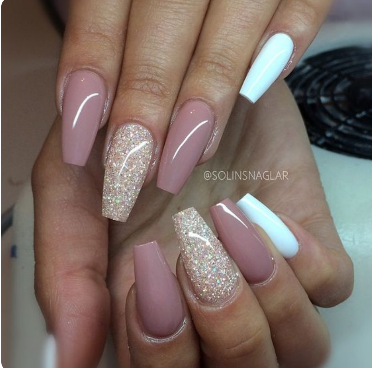 Pin von Shenika Rich auf Nails | Pinterest | Nageldesign ...