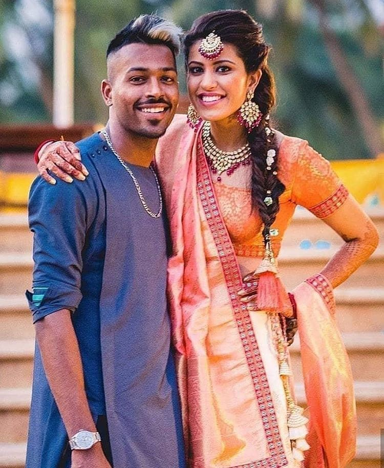 Pin By Rawat Rawat On Indiancricketteam In 2020 Romantic Couple Dp Photoshoot Images Mumbai Indians Ipl