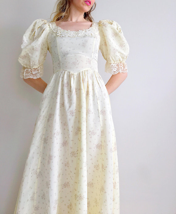 Vintage Gunne Sax dress | wedding dress bridal gown floral cream maxi dress  puff sleeves prairie dress | Gunne Sax by Jessica | size x-small | Vintage  gunne sax dress, Dresses, Cream maxi dress