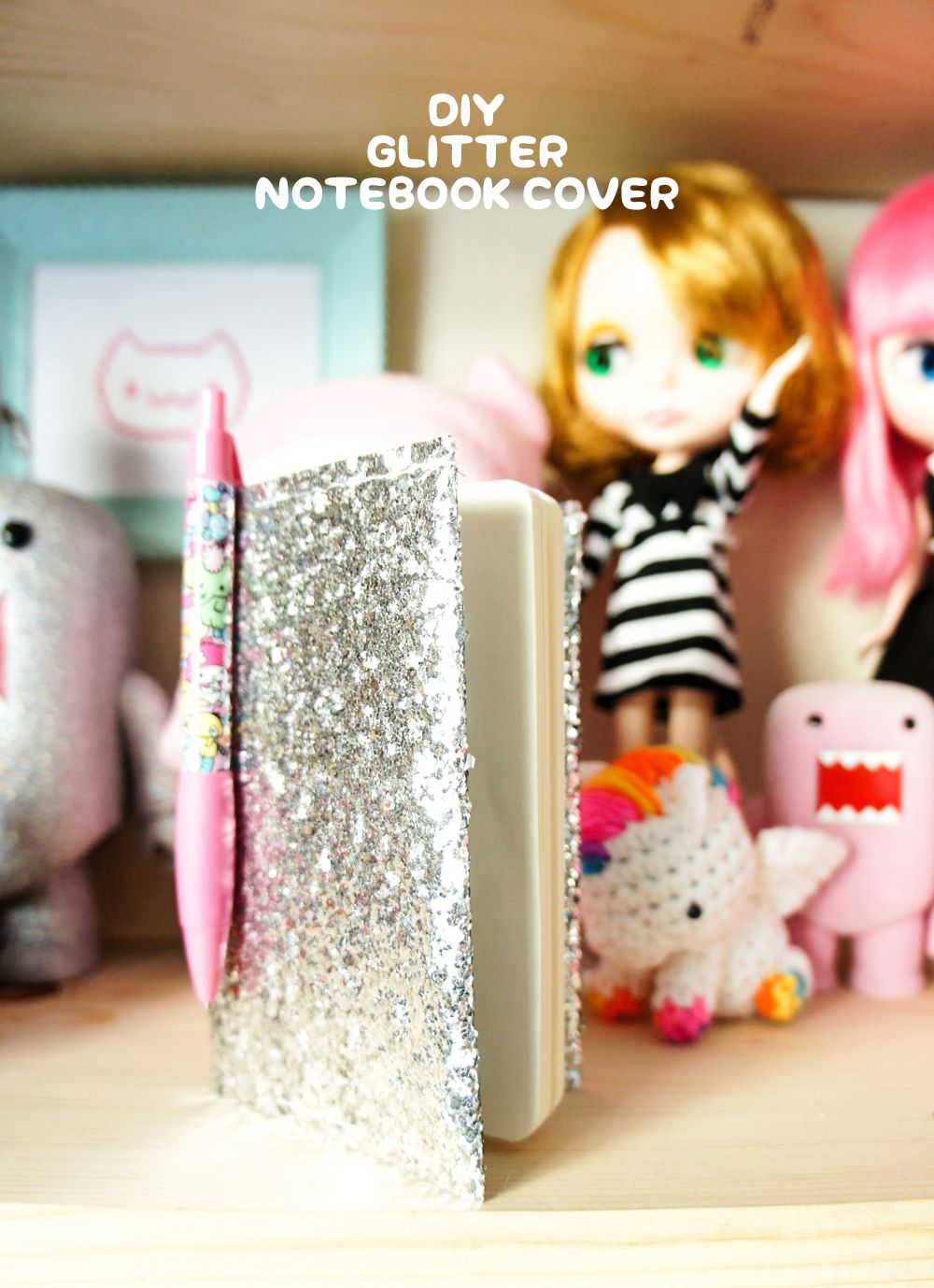 Diy glitter notebook cover - Diy Glitter Notebook Cover That Won T Get Glitter Everywhere Via The Pink