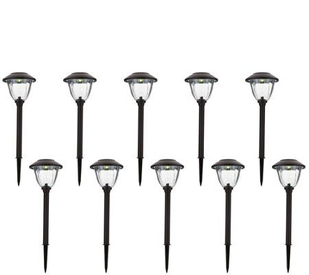 Energizer 10 Piece Solar Landscape Light Set Solar Landscape Lighting Landscape Lighting Lake Houses Exterior