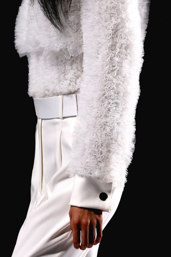 White top with micro ruffle textures - fabric manipulation; fashion details // Viktor & Rolf