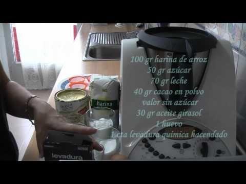 SIN GLUTEN, Magdalenas de chocolate en microondas - YouTube