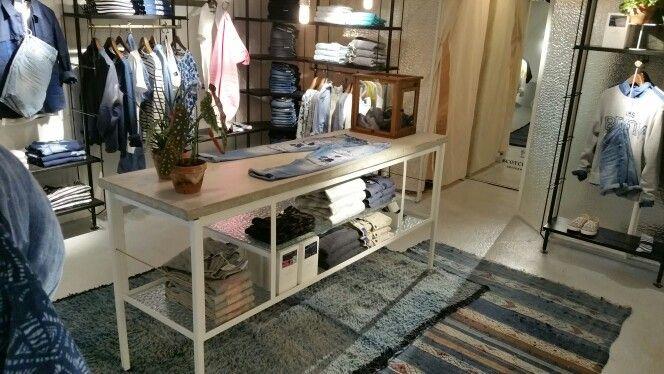 The Blauw Kitchen | Scotch-Soda | Gerard Doustraat 71 Amsterdam | Styling Store | Retail Design #trendeventnimeto