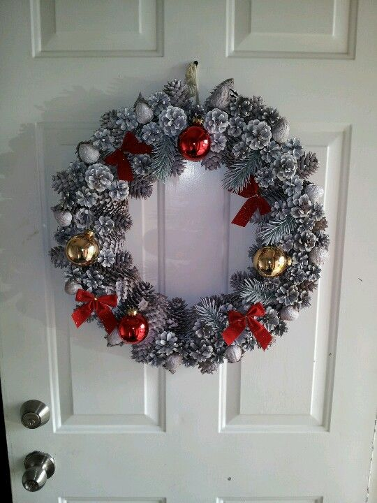 Homemade Christmas Wreath Out Of Household Items Homemade Christmas Wreaths Christmas Wreaths Christmas Decorations