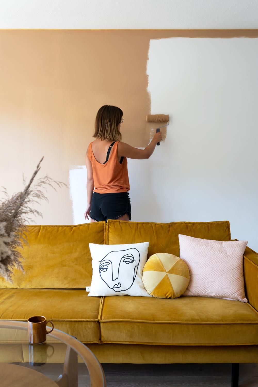 Warmte in de woonkamer met de kleur Rich Buttersco