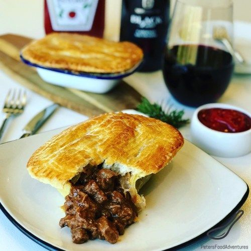 Australian Meat Pie Recipe - Peter's Food Adventures ...