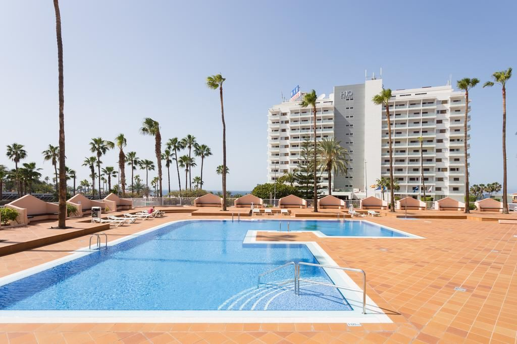 Booking.com: Apartment Near the Beach , Adeje, Spain . Book your hotel now!