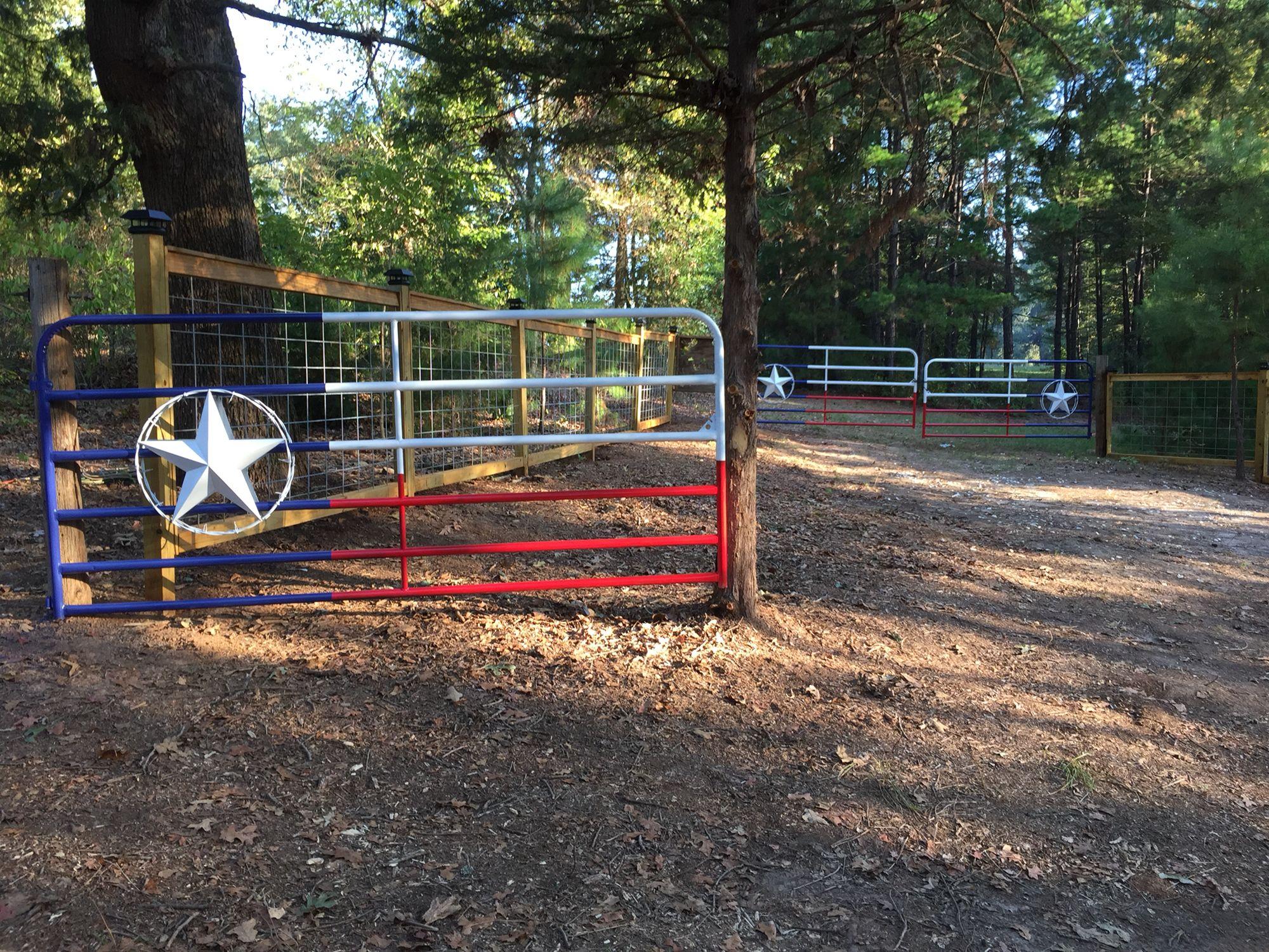 Texas flag gates at wessonfarm in leesburg tx 0farmhouse fencing pinterest fähnchen wandtrockner und texas
