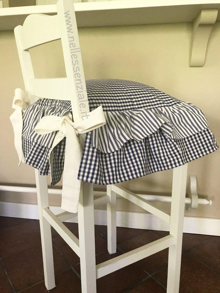 cuscini sedie cucina e cuscini rotondi realizzati in 100 % cotone lavabili in lavatrice. Cuscino Neo Country Blu Nellessenziale Shop Cuscini Per Sedie Da Cucina Cuscini Per Sedia Cuscini