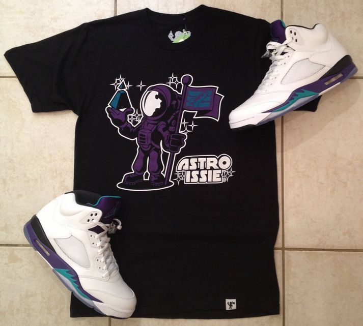 401774d680fe2 Air Jordan Black White Grape 5 Arrogant Astronaut Fashion Sneakerhead Tee  New | eBay