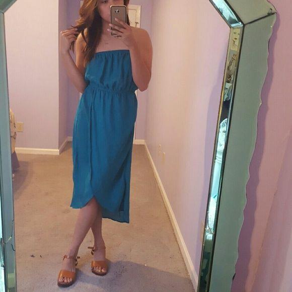 Blue Strapless Summer Dress Light Boho summer dress. Matches well with everything. Size medium. paulk Dresses Maxi