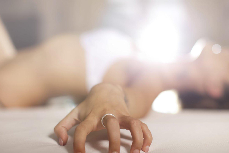 скач моб видео женщ мастурб пальцем