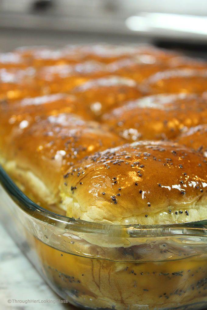 Brown Sugar Hawaiian Roll Ham Sliders (w/VT Cheddar) #breakfastslidershawaiianrolls