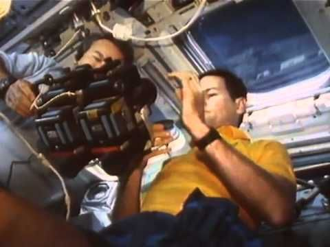 Space Shuttle STS-48 Discovery Upper Atmosphere Research Satellite 1991 NASA: http://youtu.be/0D6JTPd9lZY #Shuttle #SpaceShuttle #spaceflight