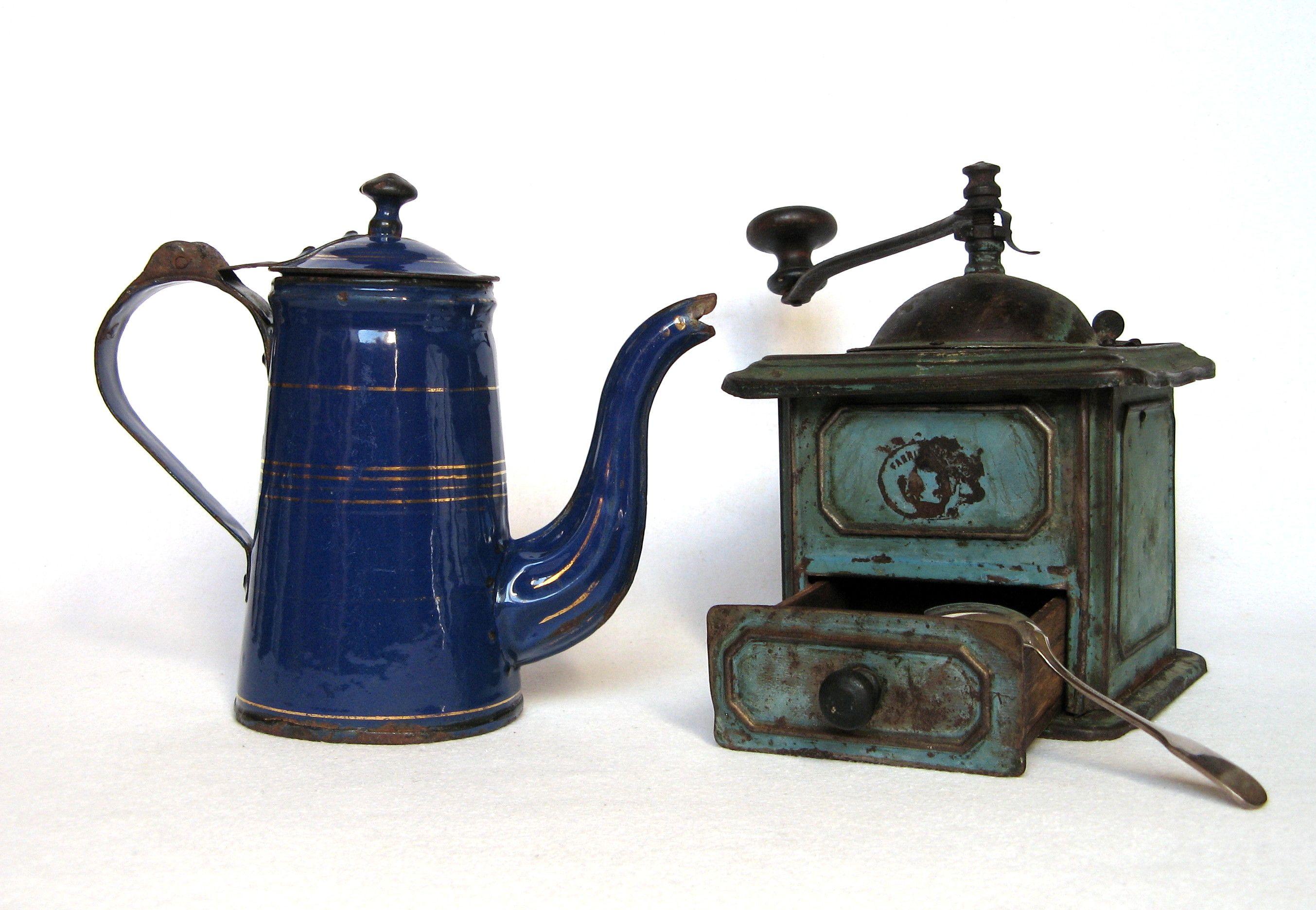 Very Early Coffee Pot