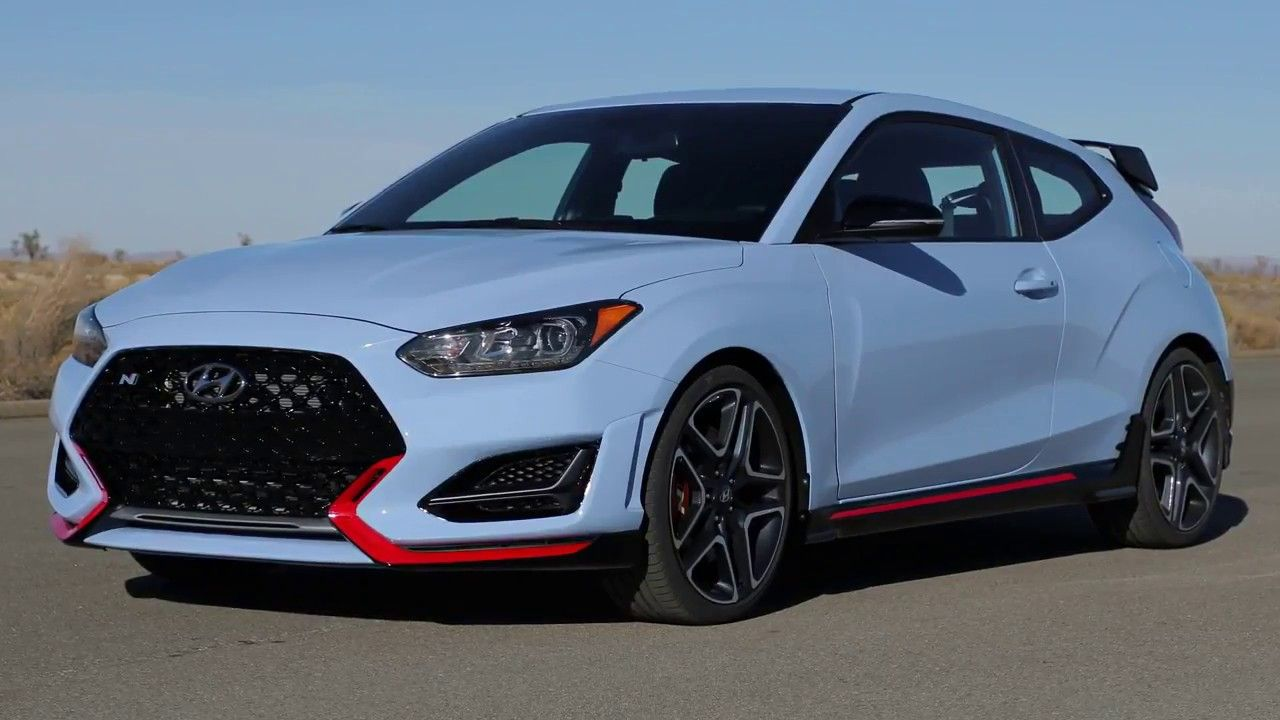 NEW 2018 Hyundai Veloster Depth Look DRIVING CLIP HD (avec