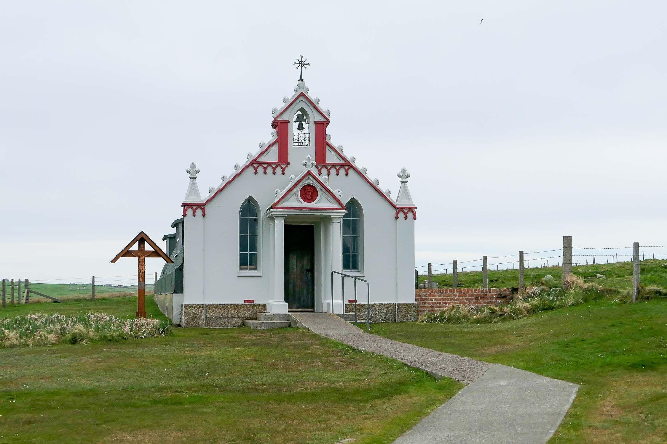 Shetland Isles + Orkney Islands Travel Guide #shetlandislands