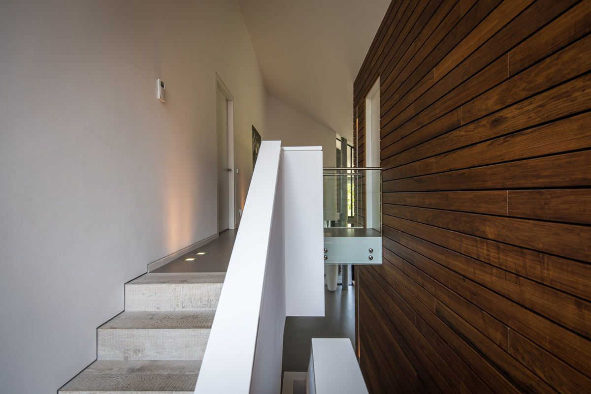 Betonnen trap het fundament architectuur stairs
