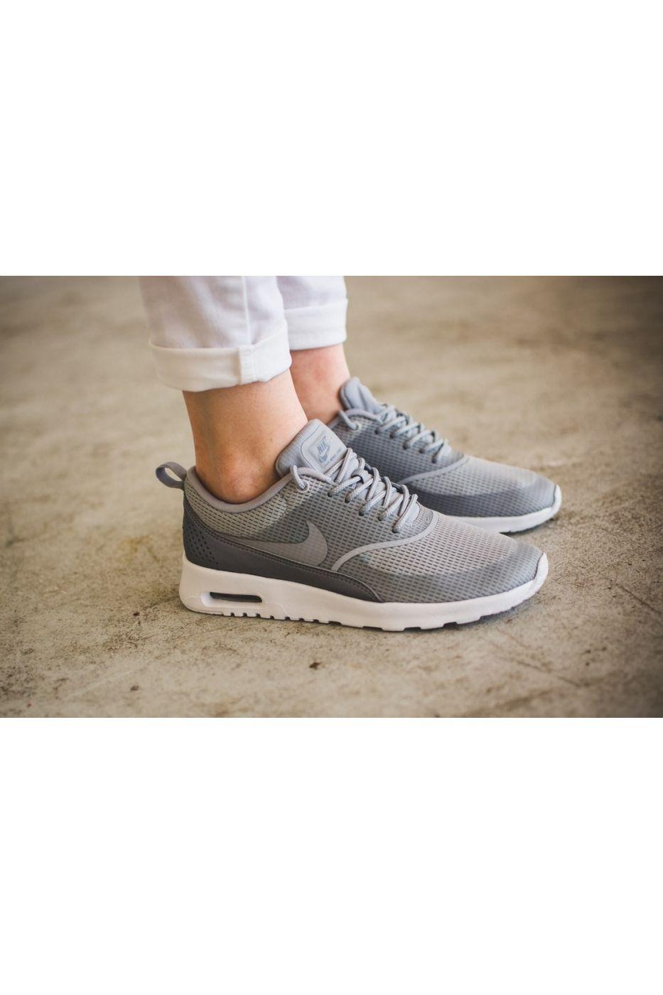 Pantofi sport pentru femei Nike Air Max Thea Wmns Outfit ideas