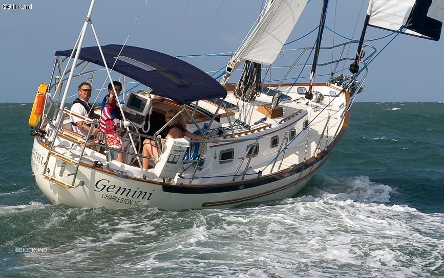 How to find sailing classes near you liveaboard sailboat