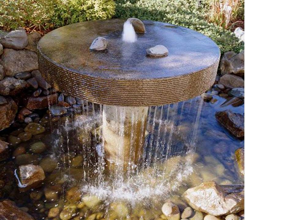 Fuentes de agua para jardines un ambiente c lido lleno - Fuentes de agua de jardin ...