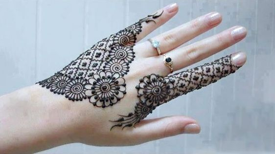 Fingers Mehndi Designs Pics : Latest mehndi patterns for fingers designs