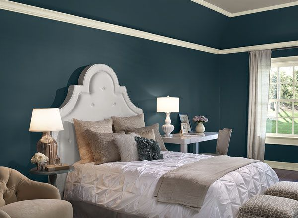 Deep Teal Makes A Bold Statement In This Sophisticated Bedroom River Blue Benjamin Moore