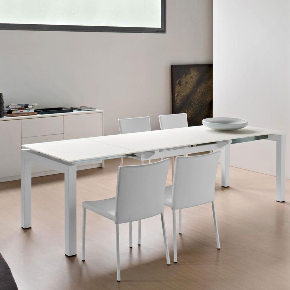Buy Calligaris Airport Glass Extending Table And Full Calligaris Collection  Available. Free UK Delivery Over And Showroom In Manchester.